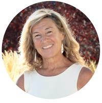 Debra-silverman-astrologist-astrology-expert