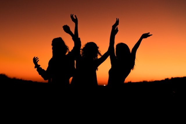 A Woman's Place is in the Stars: Women and Astrology - Debra Silverman Astrology
